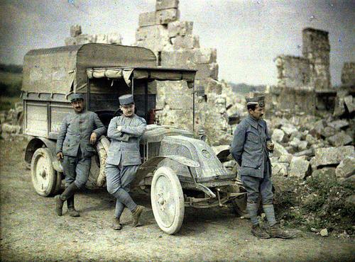 Цветные фотографии войны