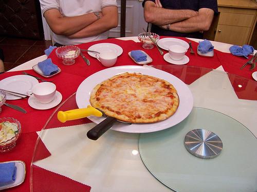 kndr-pizza03.jpg