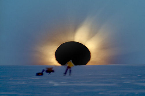 antarcticeclipse_bruenjes_big.jpg