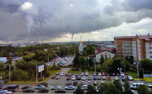 Торнадо в Сургуте