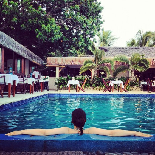 Фото с бассейном
